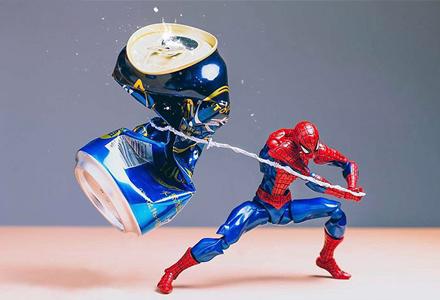 超级英雄们的日常都在做什么? 摄影师用镜头告诉你他们惊人的另一面!