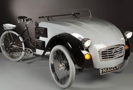 谁说自行车不能和汽车结合在一起?雪铁龙复古电动三轮车超炫酷!