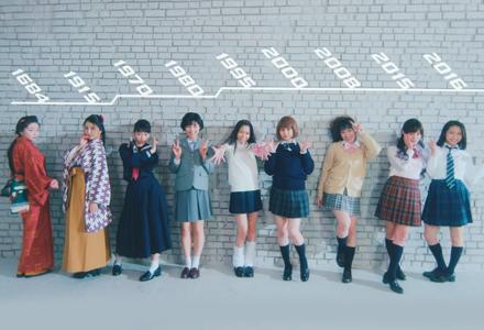 日本女高中生拍照姿势流行史 你的年代又是哪种JK当道呢?