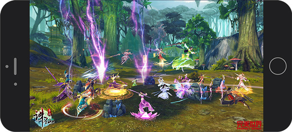 图片: 图7:《诛仙手游》全新上古天晶争夺战跨服PK血战八荒.jpg
